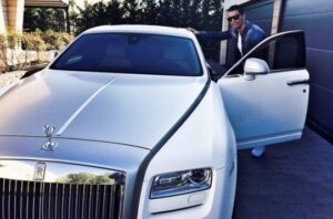 Ronaldo, showing off with his Rolls Royce early this month