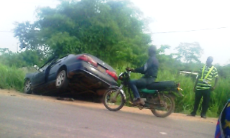 Kiss Daniel's car after a crash mid-2015