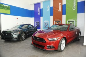 FORD MUSTANG COOLING OFF AT COSCHARIS SHOWROOM
